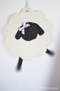 Un joli petit mouton en carton