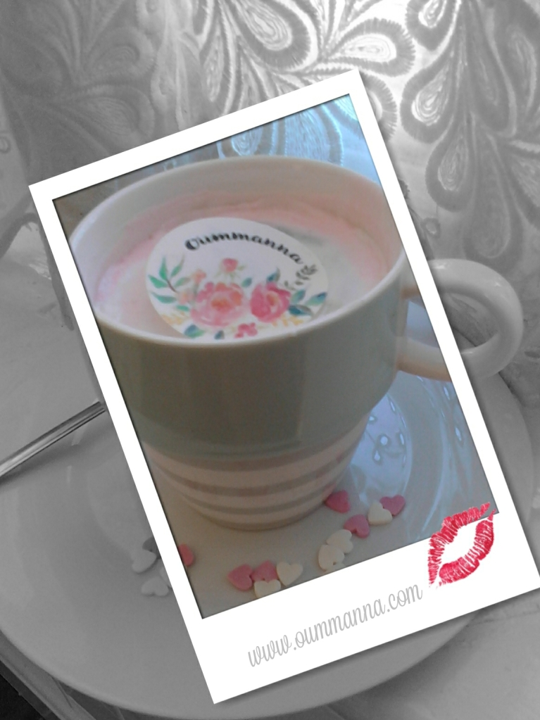 Cake Mug By Oummanna
