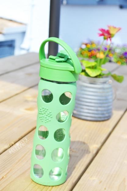 Lifefactory 16 oz Glass bottle with Flip Cap