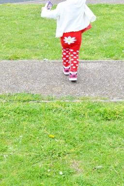 Blade and rose daisy leggings